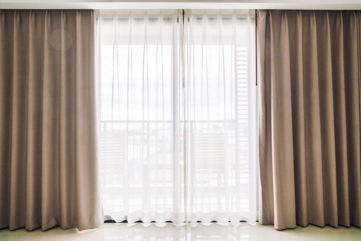 How to Choose Drapes and Curtains